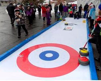 Street Curling