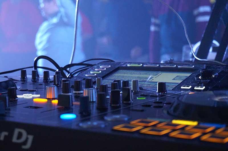 mesa de mezclas II