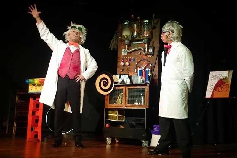 dos locos de laboratorio
