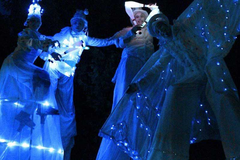 bailarines a la sombra