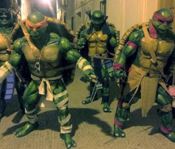 personajes disfrazados de tortuga ninja