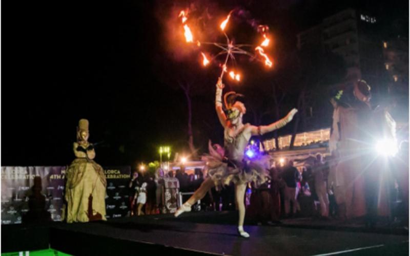 performance con fuego