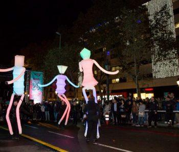 tres marionetas gigantes
