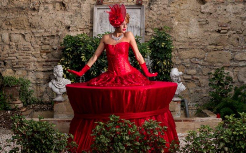 performance mesa humana color rojo