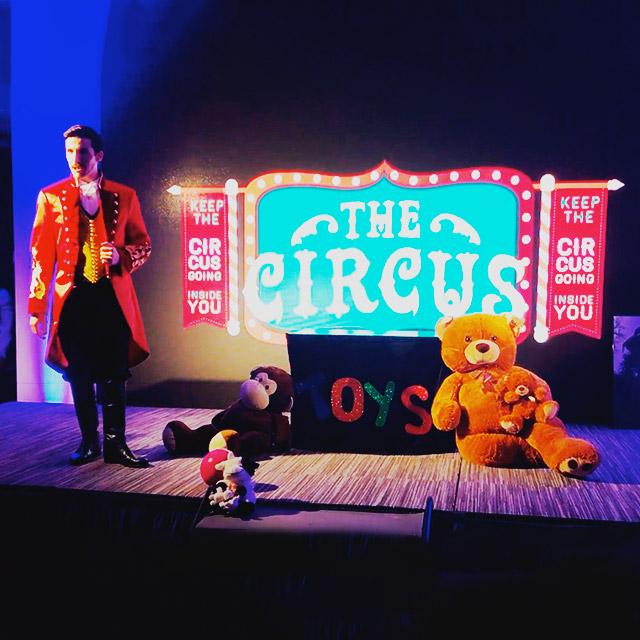 Nuestro Circus vintage celebrando la nochevieja en NH hotel
