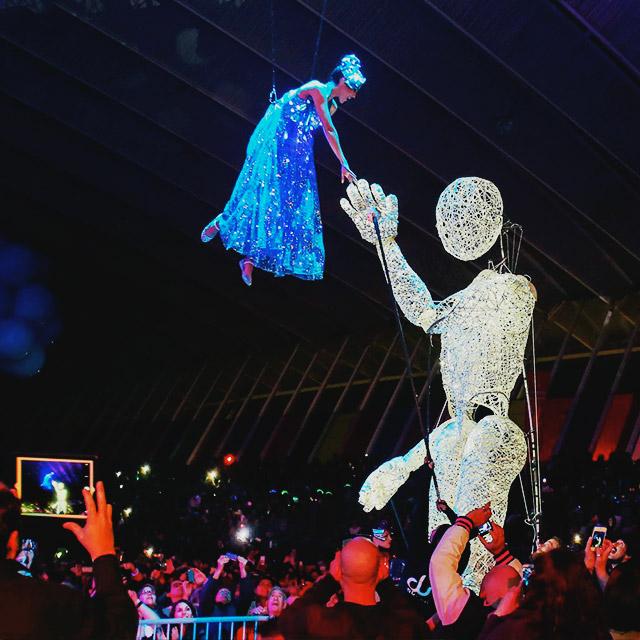 Vanguardia y futurismo marcaron el carnaval de Tenerife 2015