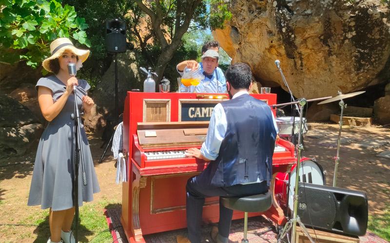 Pianobar para tu cocktail de boda